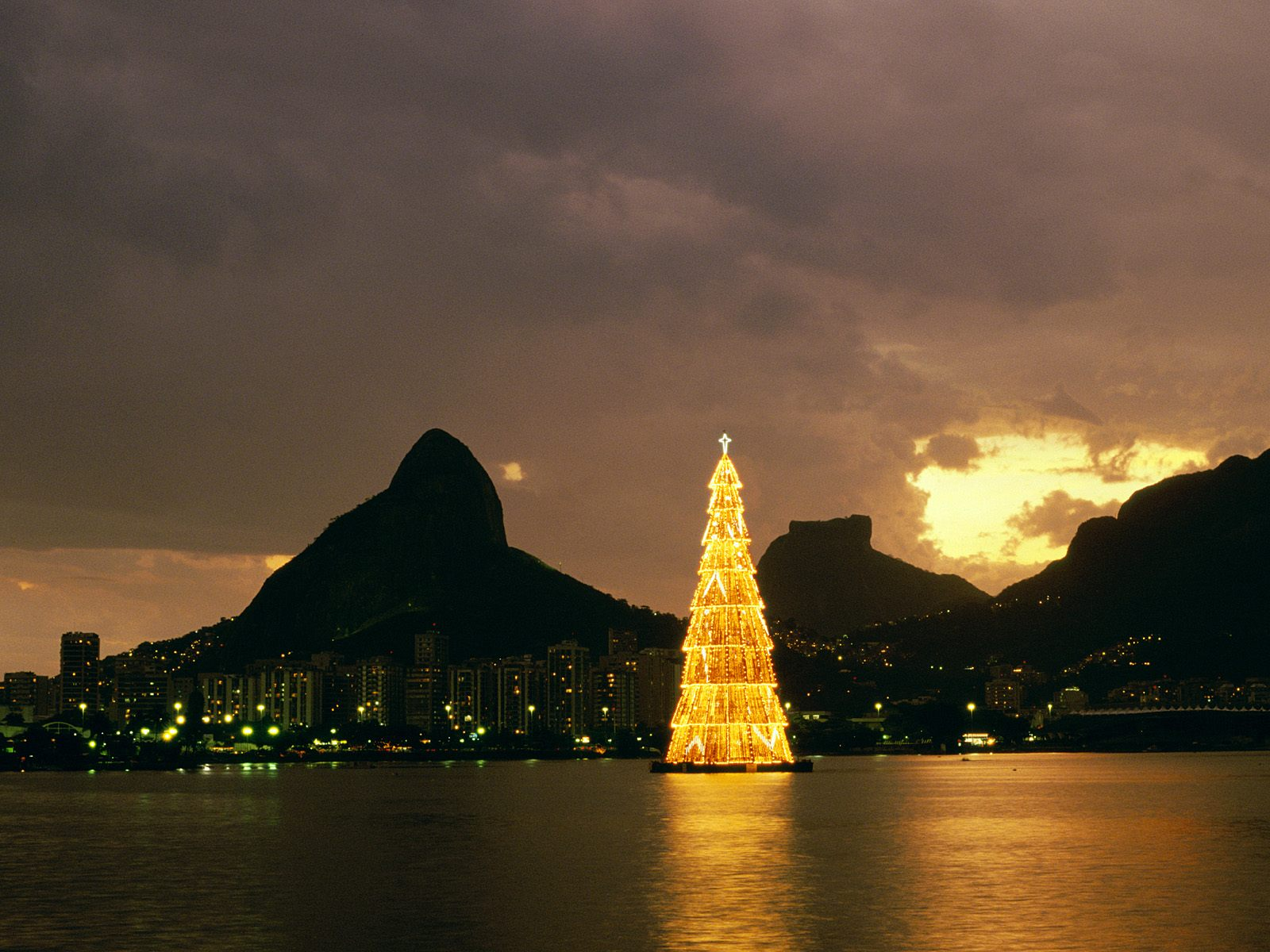 Christmas In Brazil.My Loud Scantily Clad Brazilian Christmas