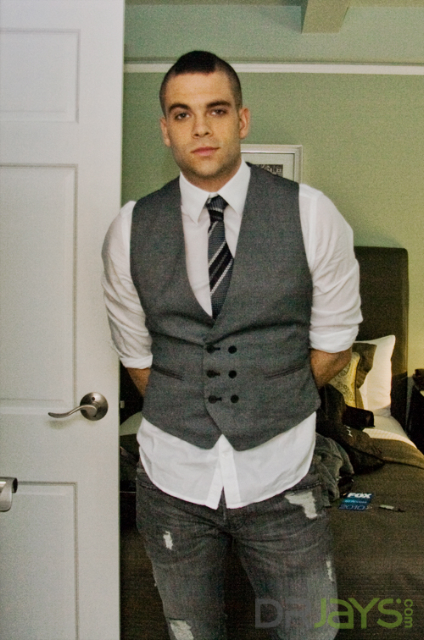 skinny tie with vest