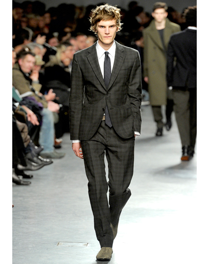 hermes-gray-plaid-suit-mh